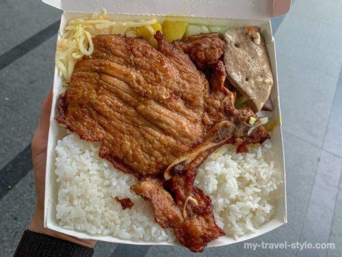 正忠排骨飯の骨付き肉が美味しすぎるテイクアウト弁当【南台湾グルメ】