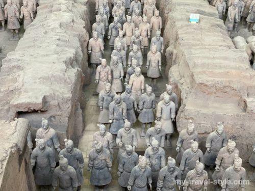 兵馬俑|中国西安の世界遺産「秦始皇兵馬俑博物館」観光まとめ・行き方